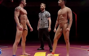 Inked hunk cocksucked wide of athletic gay