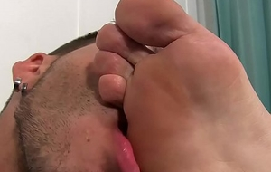 Jackson Grant finishes off while having his feet massaged plus licked